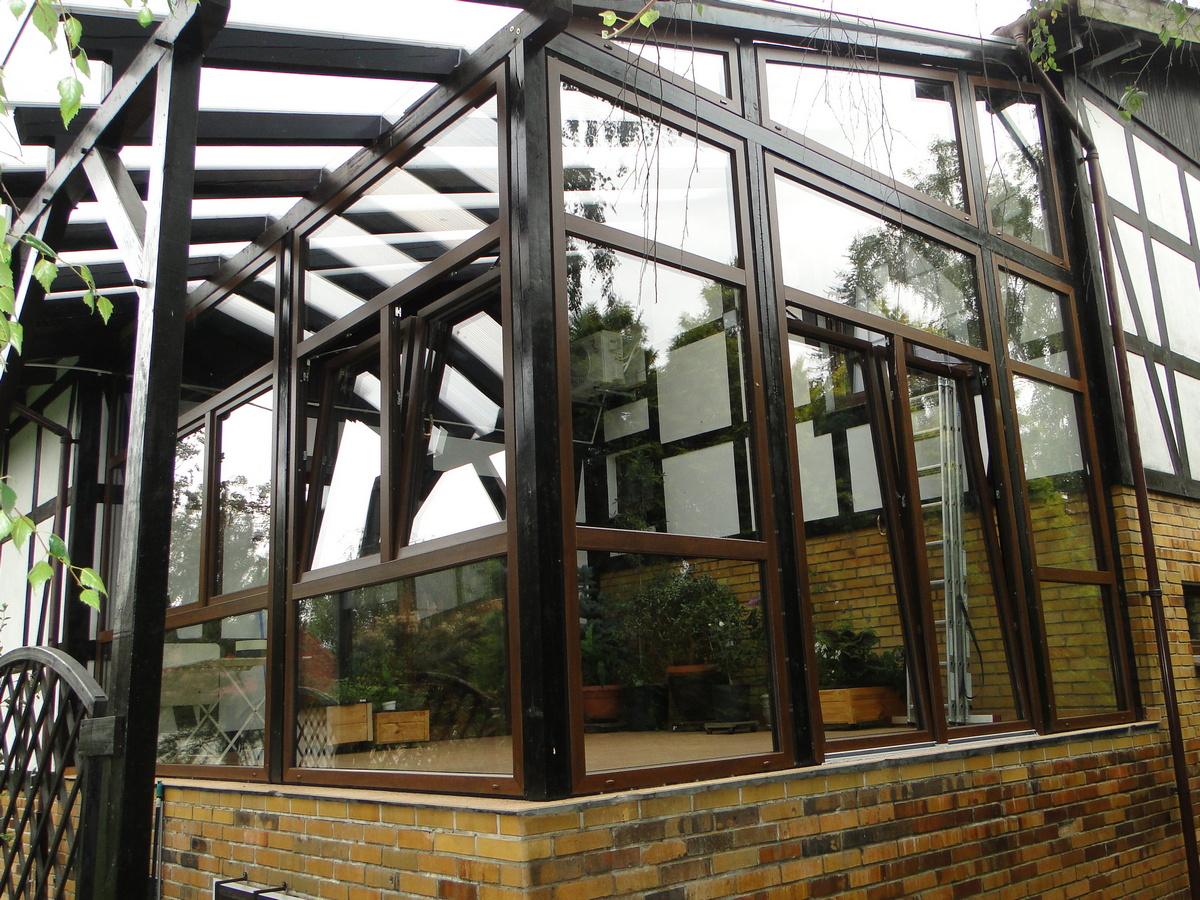 Ogród zimowy z PCV - konstrukcja drewniana