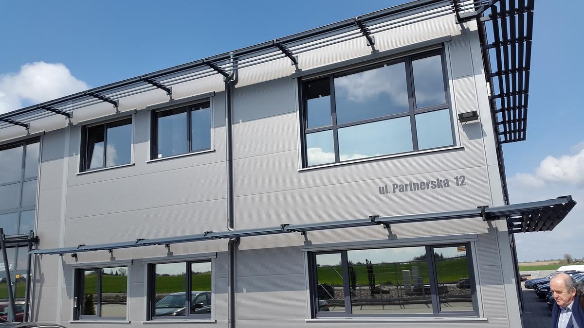 Okna Pvc I Stolarka Aluminiowa W Kolorze Antracyt Mirox