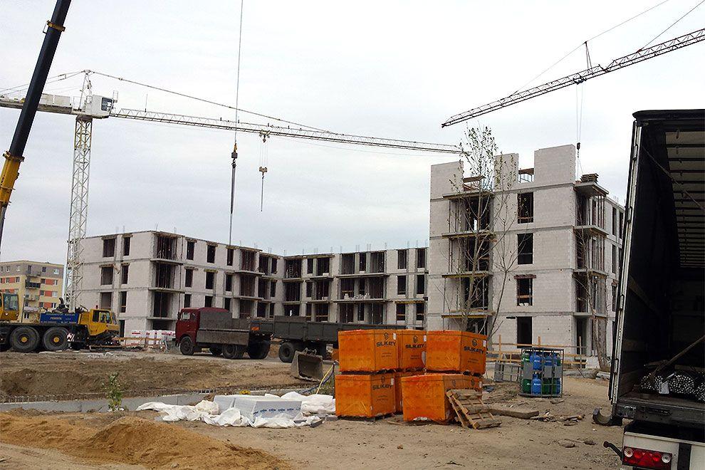 Nowa inwestycja w Poznaniu - okna o podwyższonej izolacji akustycznej IDEAL 7000 + rolety