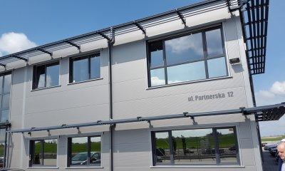 okna antracyt, stolarka aluminiowa antracyt