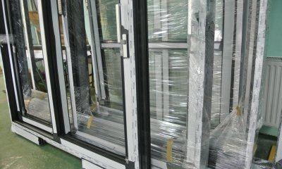 Nietypowe drzwi podnoszono-przesuwne z aluminium