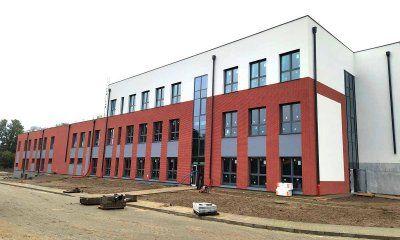 Okna MIROX w szkole podstawowej w Wirach